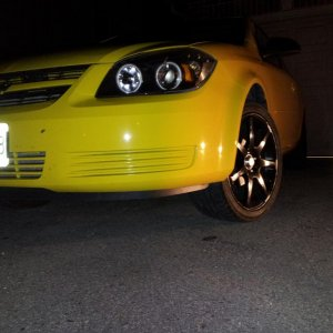 night shot of the ccfl headlights